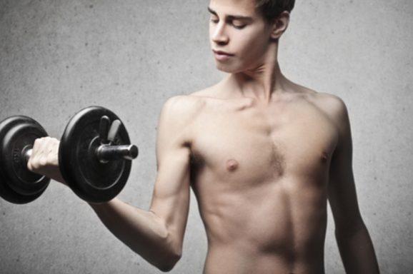 10 סיבות בגללן אתם לא עולים במסת שריר